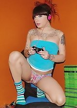 First time gamer Kelly toying