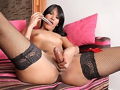 VeronicaXXX is one hot and horny transsexual havig some solo fun!
