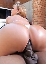 Carla Novaes loves having her TS ass fucked after a good car wash!